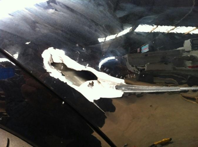 铝车身修复前